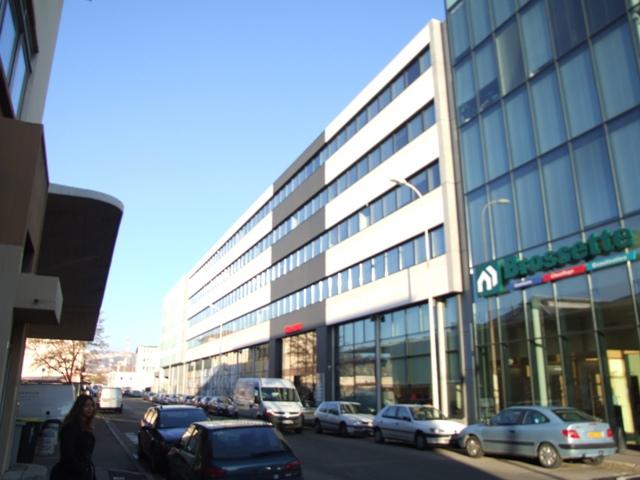 Sofaper - Eiffage Brossete BTI à Lyon Lasure Béton 13