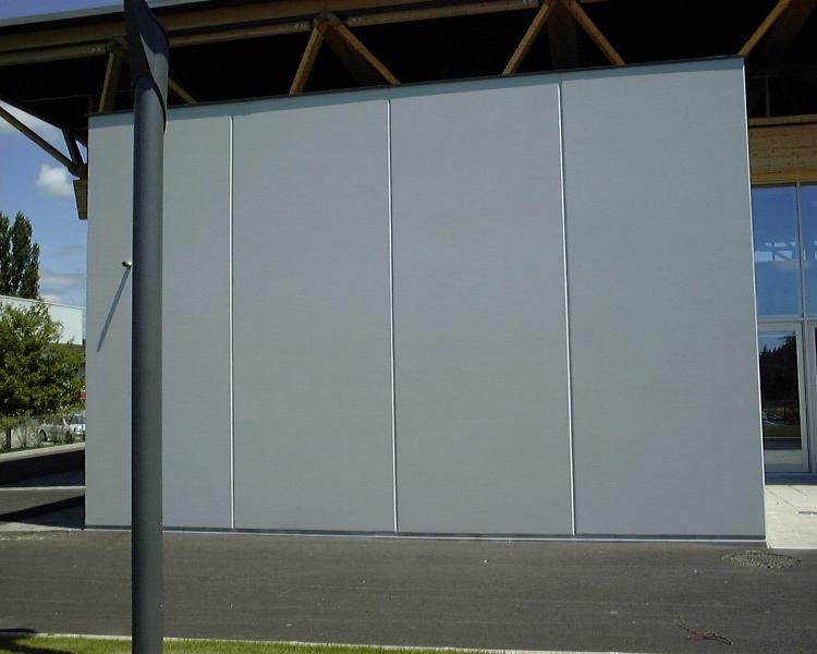 Sofaper chantier de la salle polyvalente de methet lasure prelor 3 sur beton 11