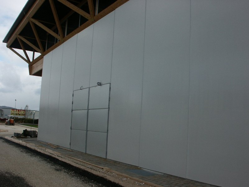 Sofaper chantier de la salle polyvalente de methet lasure prelor 3 sur beton 21