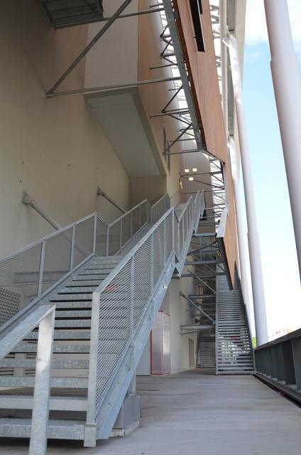 Sofaper eiffage centre de loisir et de commerce lyon 6