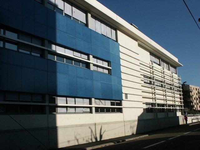 Sofaper eiffage hotel de police de nimes sablage lasure beton et protec hdl 14