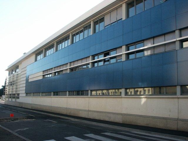 Sofaper eiffage hotel de police de nimes sablage lasure beton et protec hdl 54