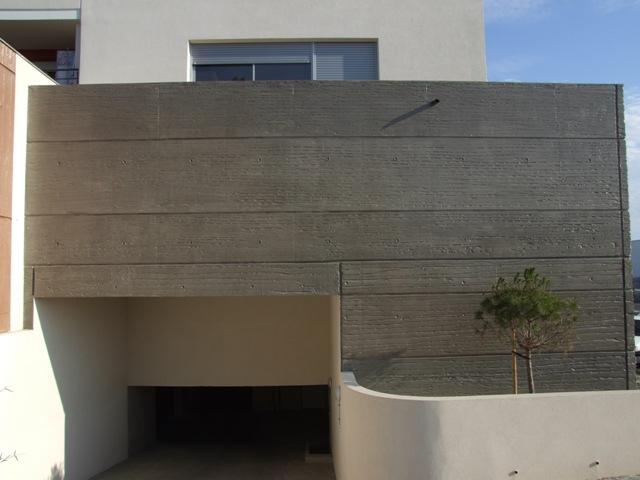 Sofaper eiffage lasure montpellier beton plisse 1