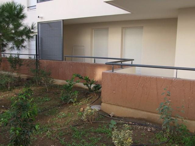 Sofaper eiffage lasure montpellier beton plisse 13