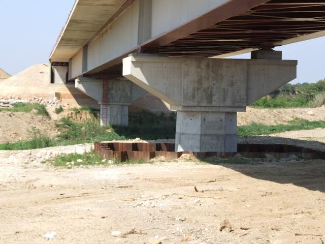 Sofaper eiffage tp chantier lgv perpignan traitement anti graffiti 30