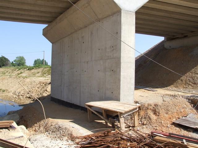 Sofaper eiffage tp chantier lgv perpignan traitement anti graffiti 5