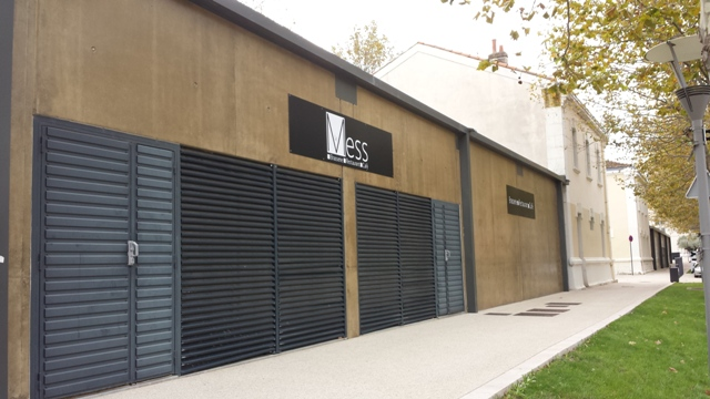 Sofaper Lasure Béton Lasure Grace Pieri - Rivasi -  Montelimar restaurant le Mess  8