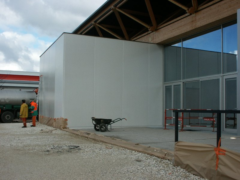Sofaper chantier de la salle polyvalente de methet lasure prelor 3 sur beton 17