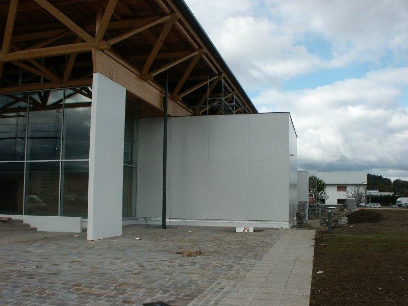 Sofaper chantier de la salle polyvalente de methet lasure prelor 3 sur beton 18