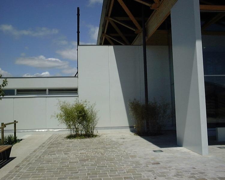 Sofaper chantier de la salle polyvalente de methet lasure prelor 3 sur beton 8