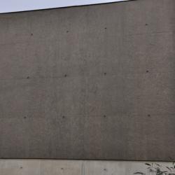 Sofaper chantier realisation du sieges sogea a vannes en beton brut lasure a l exterieur 5