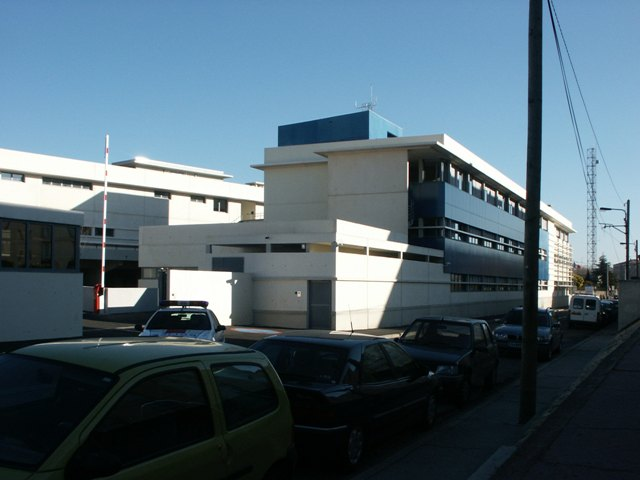 Sofaper eiffage hotel de police de nimes sablage lasure beton et protec hdl 13