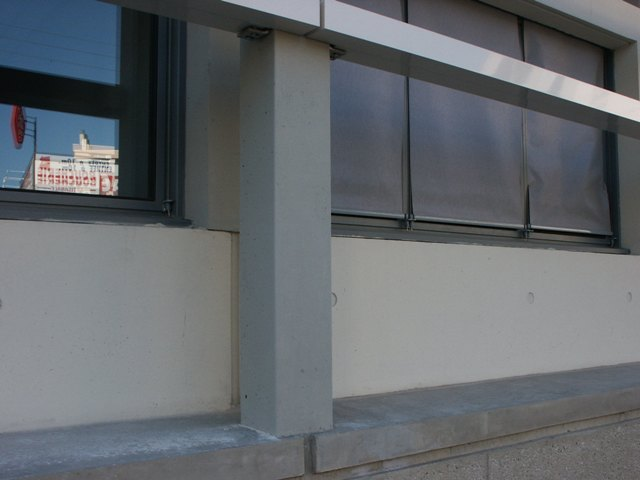 Sofaper eiffage hotel de police de nimes sablage lasure beton et protec hdl 19