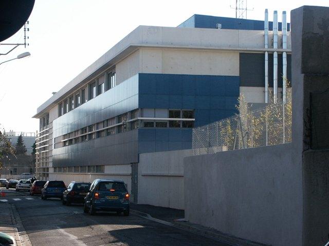 Sofaper eiffage hotel de police de nimes sablage lasure beton et protec hdl 23