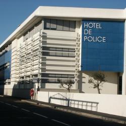 Sofaper eiffage hotel de police de nimes sablage lasure beton et protec hdl 7