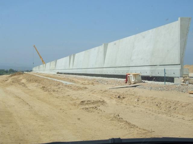 Sofaper eiffage tp chantier lgv perpignan traitement anti graffiti 12