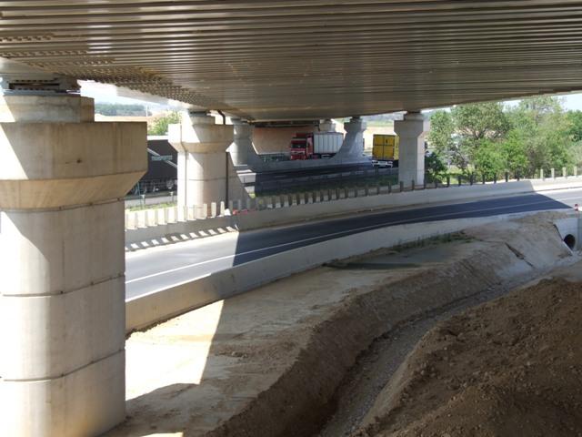 Sofaper eiffage tp chantier lgv perpignan traitement anti graffiti 42