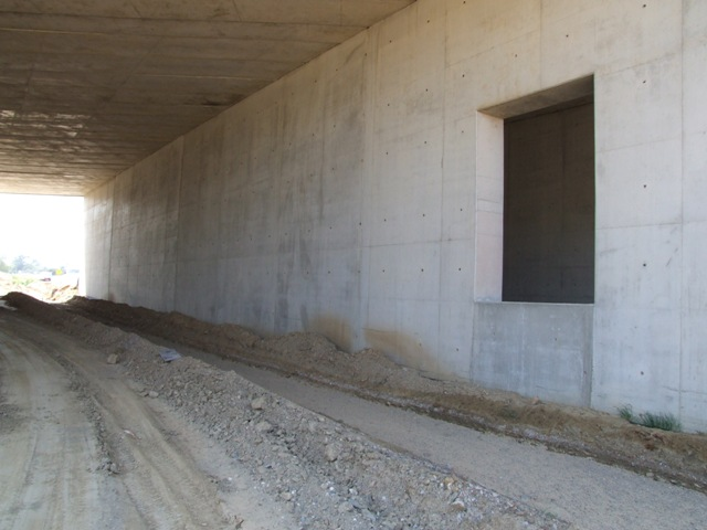 Sofaper eiffage tp chantier lgv perpignan traitement anti graffiti 52