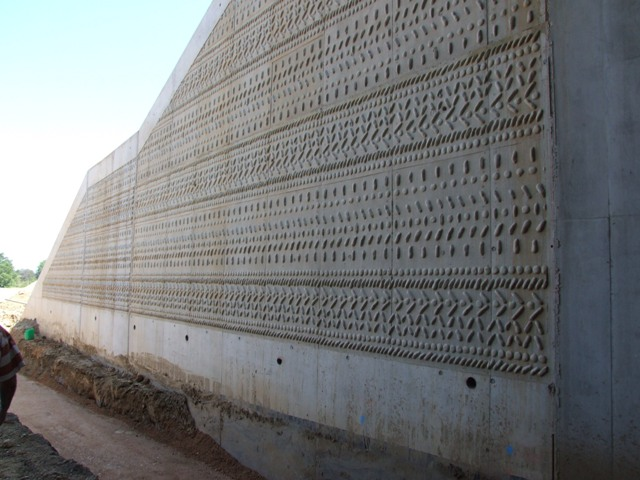 Sofaper eiffage tp chantier lgv perpignan traitement anti graffiti 55