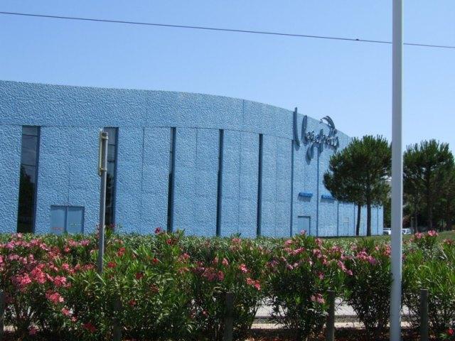 Sofaper patinoire vegapolis a odysseum traitement des beton teinte bleu 4